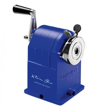 Caran d Ache Metall Spitzmaschine KLEIN BLUE®